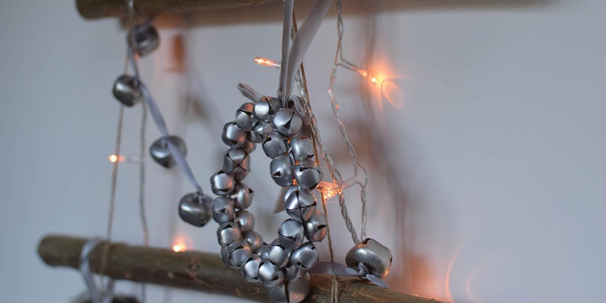 Make your own stick christmas tree