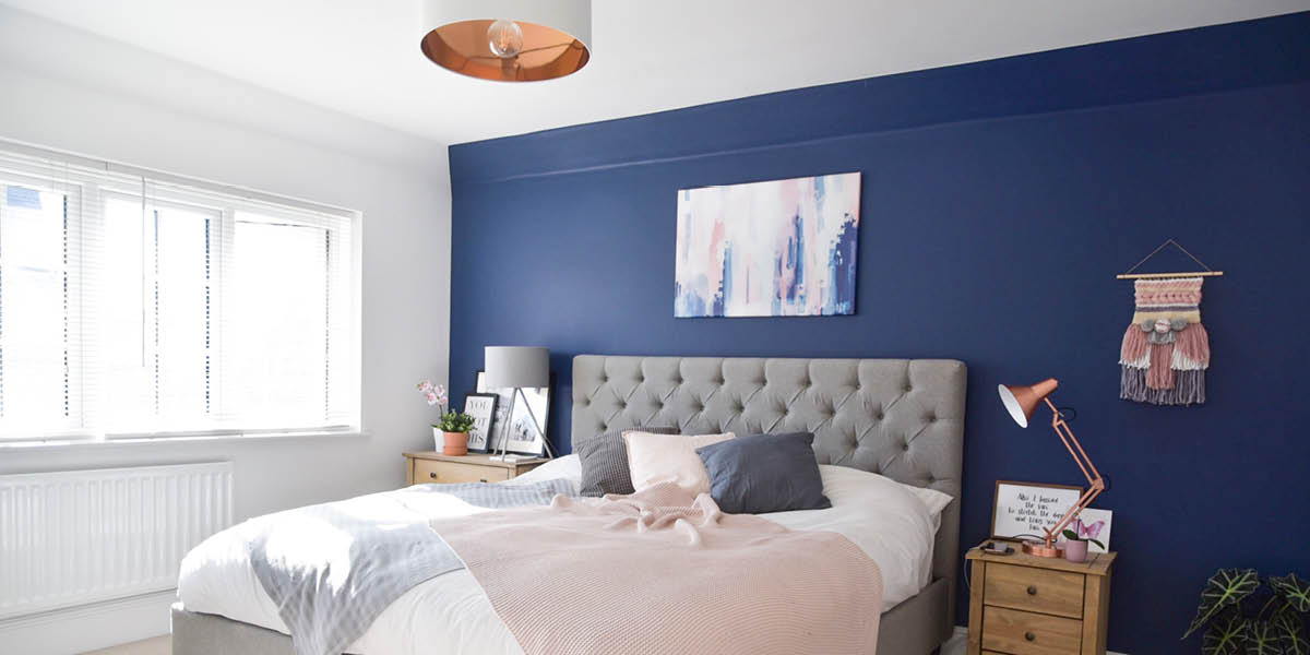 Bloggers Homes candidly Rhubard bedroom